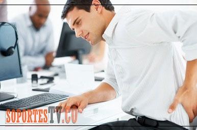 Postura adecuada frente a un monitor